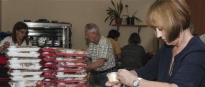 http://www.sageeldercare.org/wp-content/uploads/2014/09/Volunteer1-400x171.png