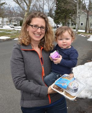 SAGE Eldercare Meals on Wheels Volunteer Courtney and her daughter Norah